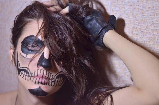aqua-make-up